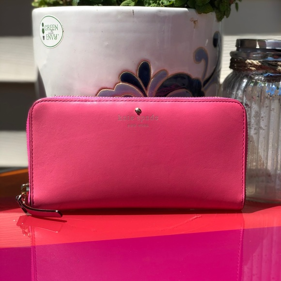Kate Spade Pink leather wallet clutch leather